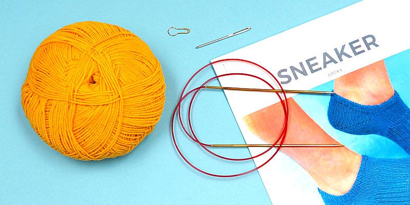 Sneaker Socks Knit-Along