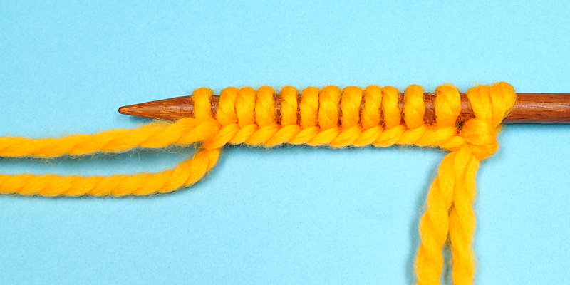 Three Ways to Estimate the Length of Yarn Tail in Long-Tail Cast On