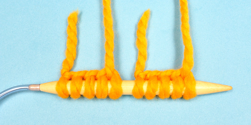 How to Knit Two Toe-Up Socks at the Same Time