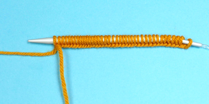 Two Ways to Knit in the Round With Two Circular Needles