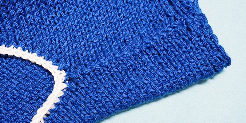 How to Make Shoulder Seams Without Seaming and Finish the Neckline