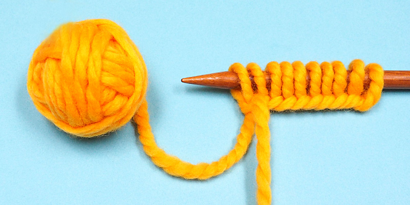 How to Cast On Stitches in Russian Knitting