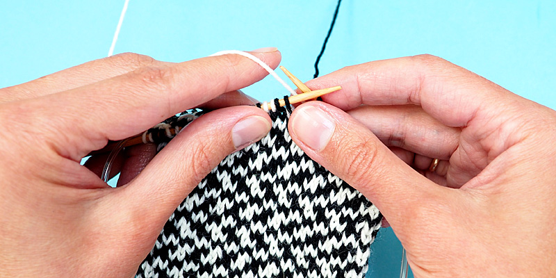 The Easiest Way to Knit Stranded Colourwork