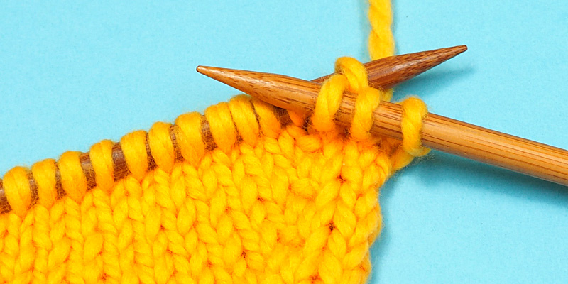 Bar Increases in Russian Knitting