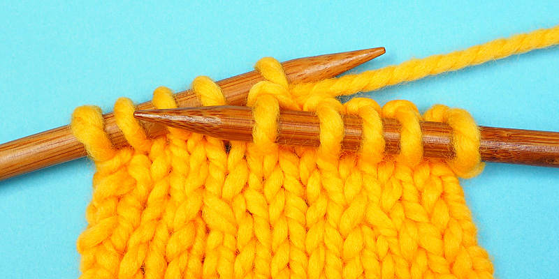Two Way to Make a Centred One-Stitch Decrease