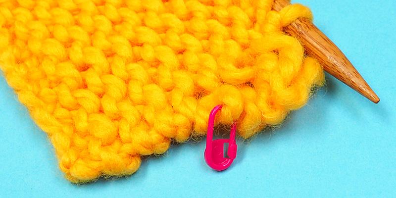 How to Fix a Dropped Edge Stitch in Garter Stitch